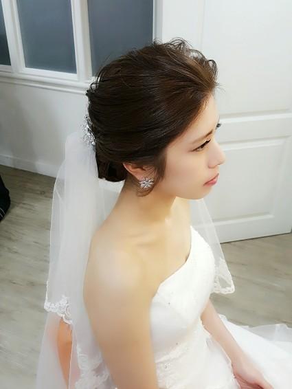 頭紗造型妝髪-台南新秘Penny