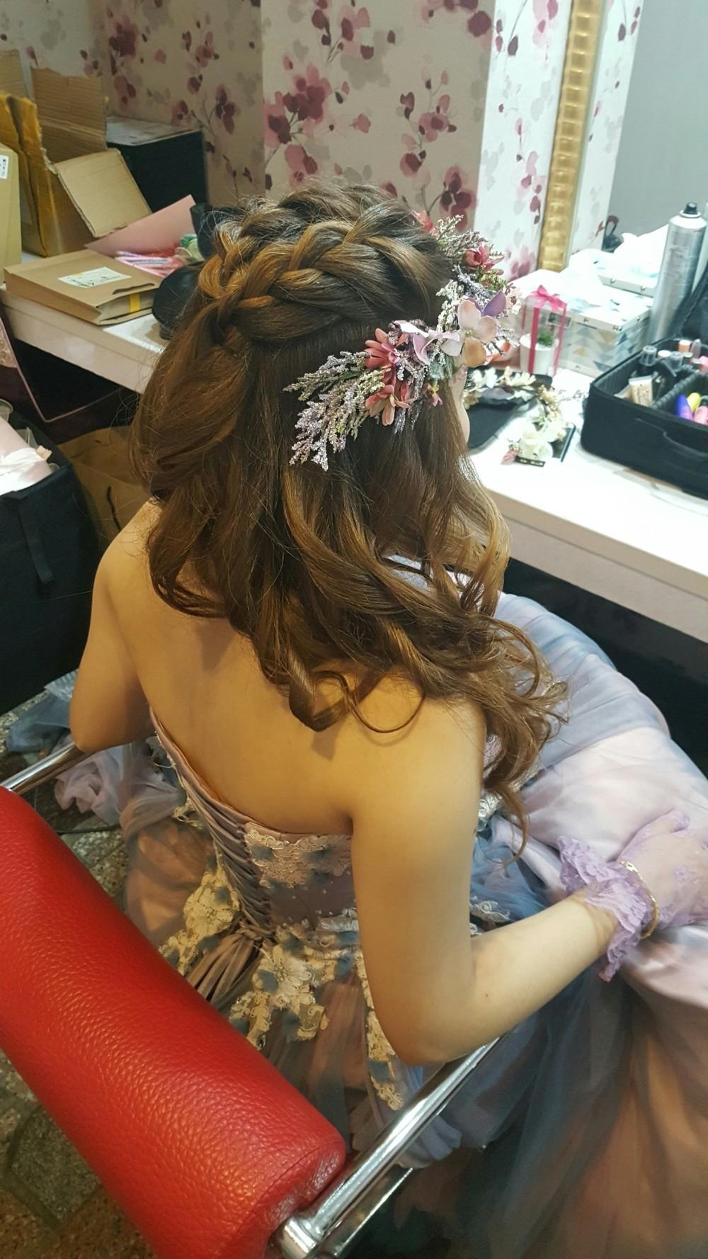 浪漫編髮造型-台南新秘Penny